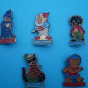 1966 Noddy Club Kellogg's golly badges